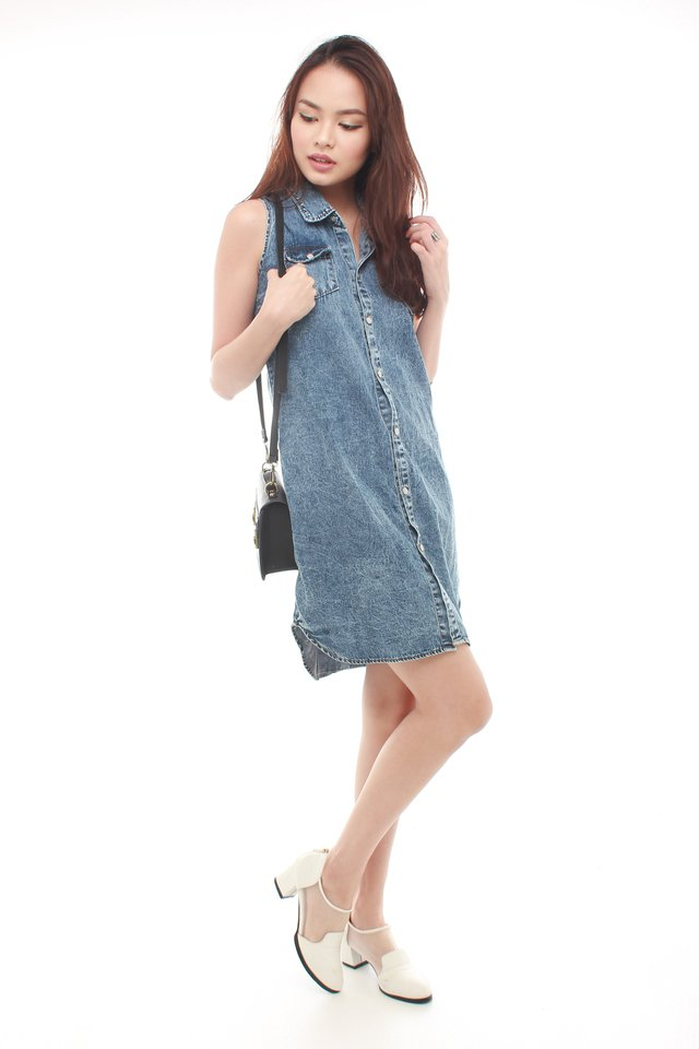 *BACK IN STOCK* Button Down Denim Shirt Dress in Acid Wash