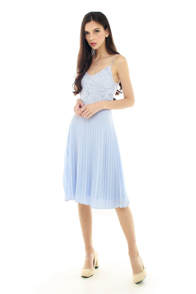Lace Detailing Pleated Midi Dress in Sky