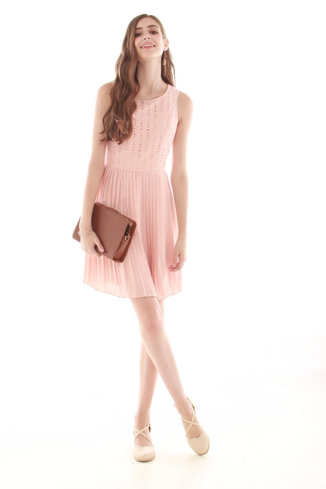 Crotchet Pleating Work Dress in Blush