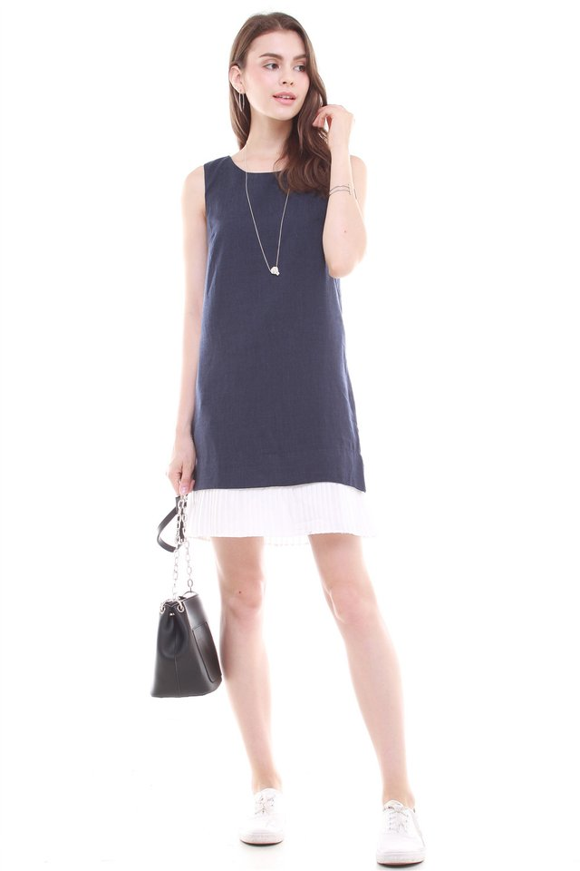 *BACK IN STOCK* Sleeveless Pleated Hem Tweed Shift Dress in Navy