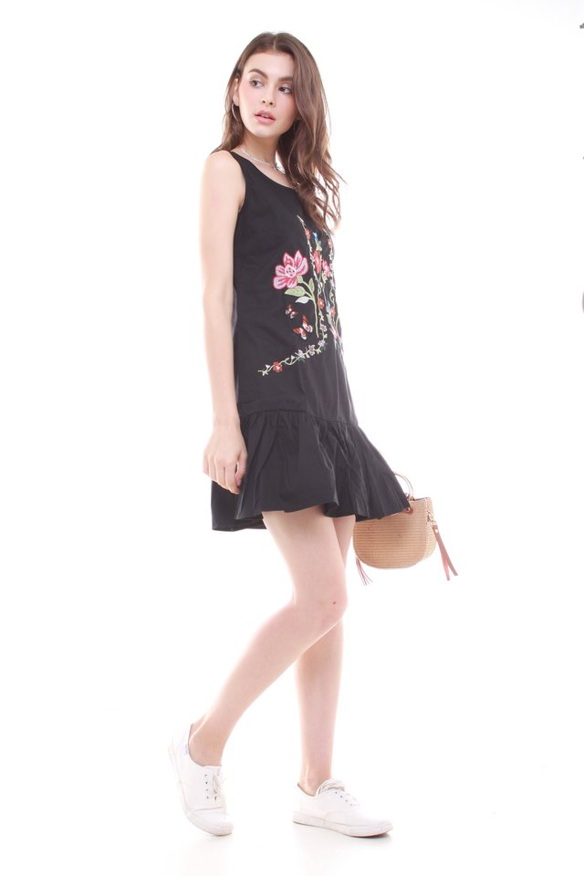 Garden Embroidery Ruched Hem Dress in Black