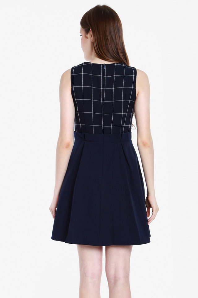 Laurine Paperbag Dress (White Grids)